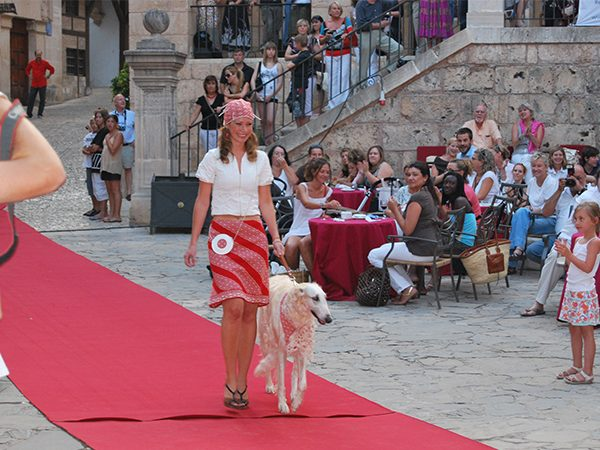 yvonne-borjesson-dogs-on-the-catwalk-palma-10
