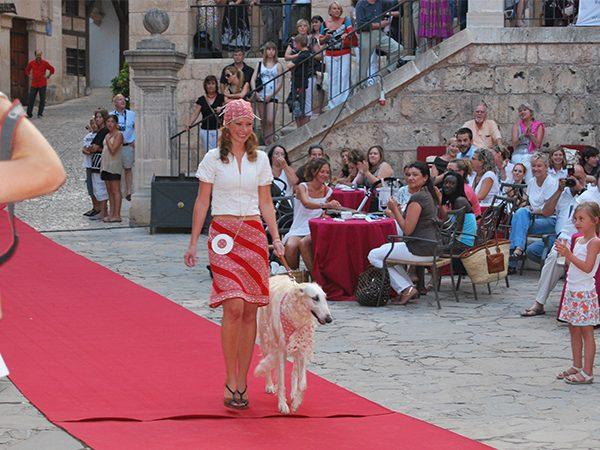 yvonne-borjesson-dogs-on-the-catwalk-palma-10