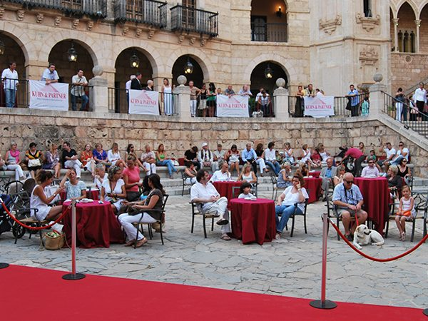 yvonne-borjesson-dogs-on-the-catwalk-palma-13