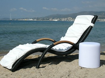 WATERPROOF-SUNBED-MATRESS-&-POUF-YVONNE-BORJESSON